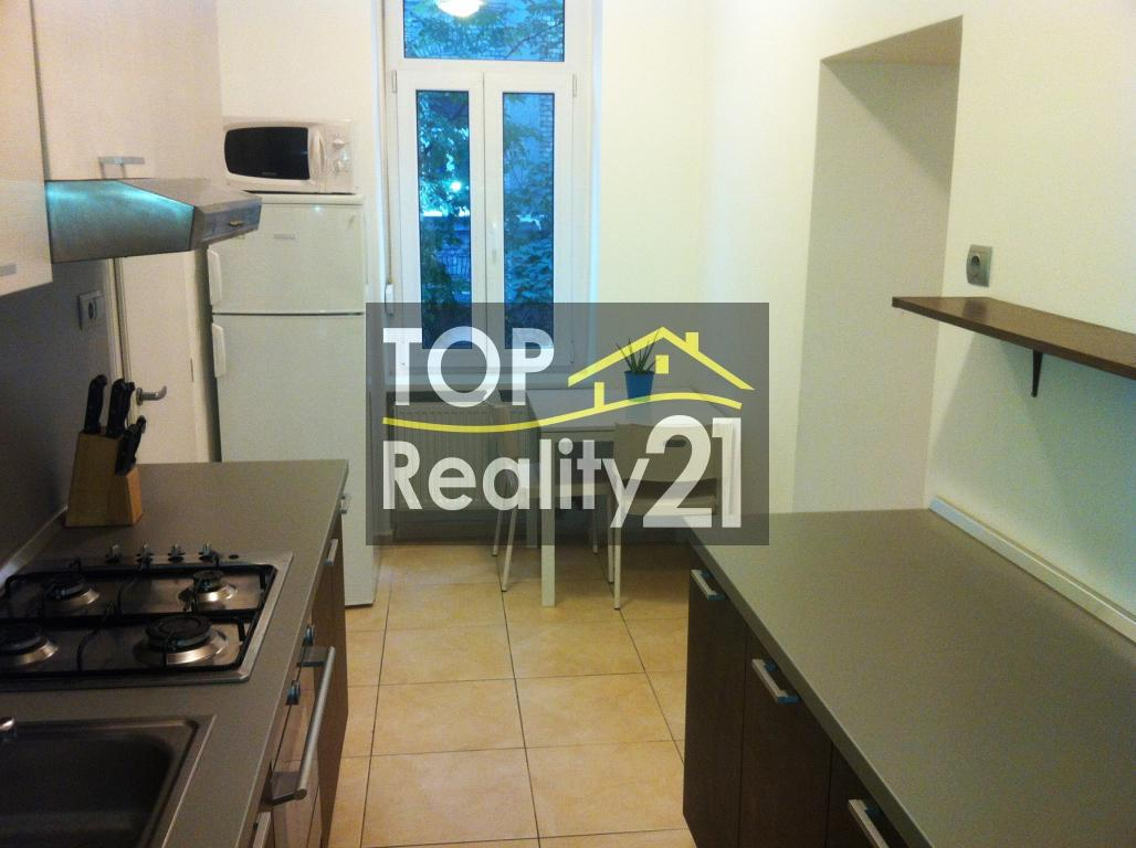 Rent 2-bedroom apartment, completely renovated, Palárikova street Bratislava I, 51 m2.